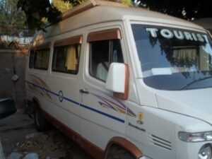 Delhi to Kota in Rajasthan by tempo traveller