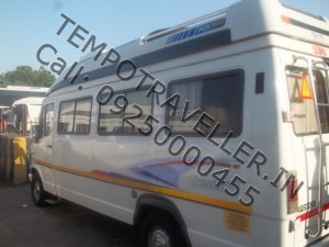 tempo traveller rentel Delhi to Chandigrah