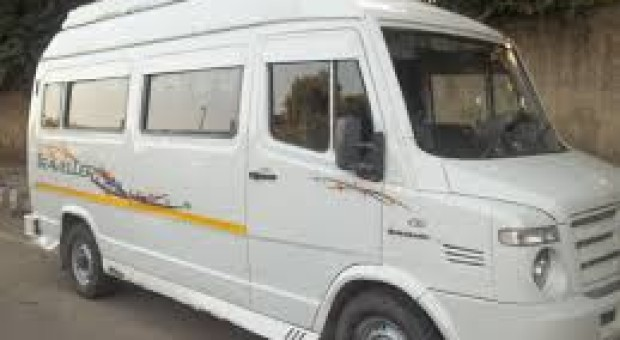 Tempo traveller from Delhi to Chail