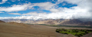 ladakh by tempo traveller