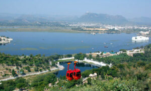 udaipur by tempo traveller