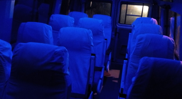 Delhi to Lucknow by tempo traveller