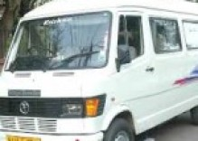 Delhi to Vrindavan in Uttar Pradesh by tempo traveller